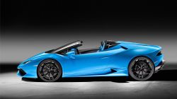 huracan_spyder_side